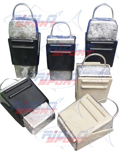 Sistema di piombi zavorra mobili che possono essere agganciati alla cintura da sub e sganciati con estrema facilità