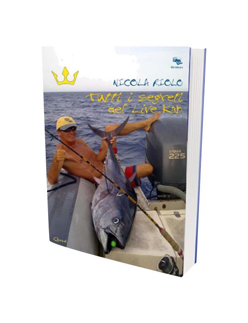 Libro scritto da Nicola Riolo che spiega la tecnica di pesca con l'esca che consente di innescare un polpo vivo